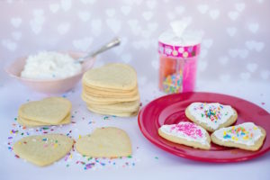 Quick and Simple Valentine's Day Treats & Crafts